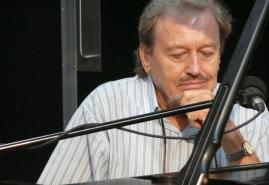 HITTING THE RIGHT KEYS | dir. Ignacy Szczepański, Ignacy Szczepański, Ignacy Szczepański